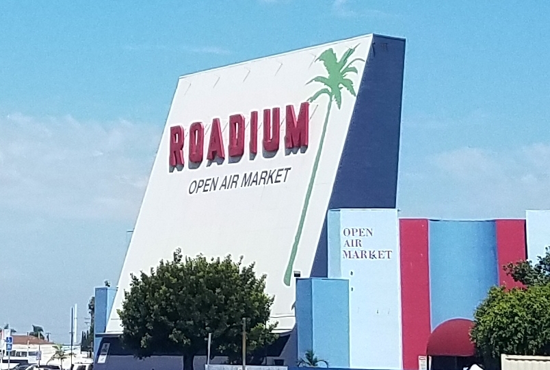 Roadium Marquee